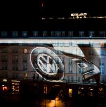 VW Golf7 Fassadenprojektion Adlon Hotel Berlin